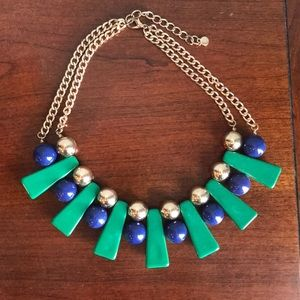 Jewelry - Bib necklace